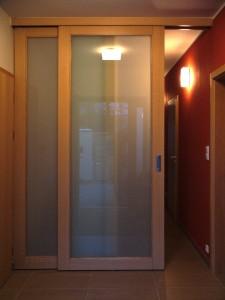 posuvné dveře jasan