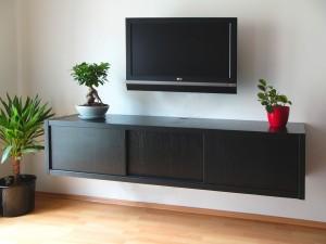 Mário TV stolek